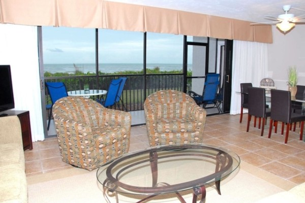 Sundial Resort Living Room and View